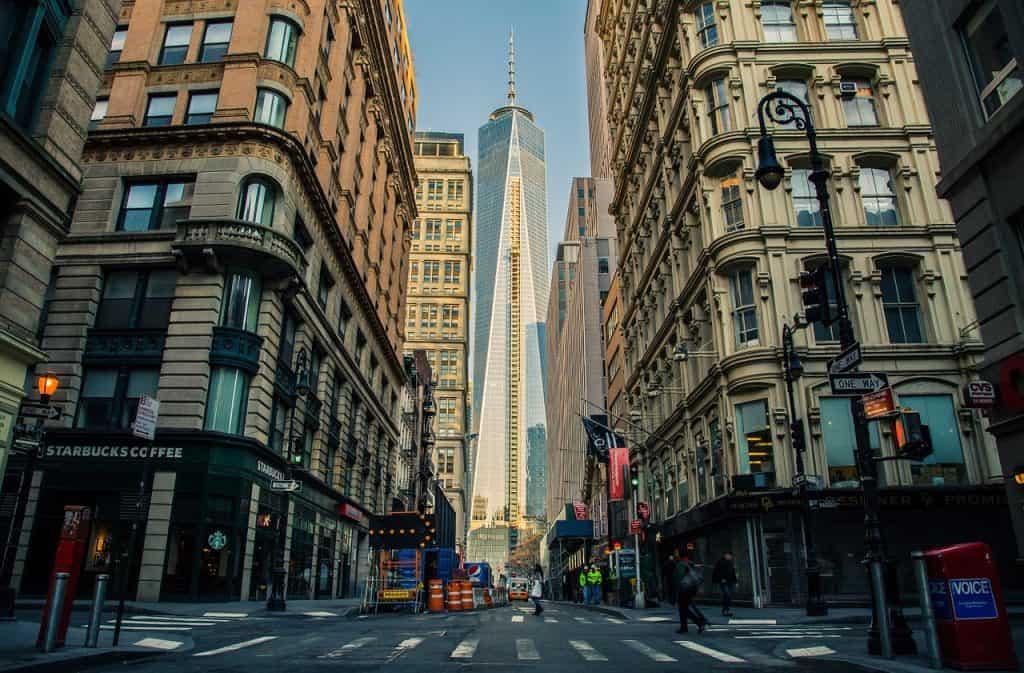 size of Manhattan