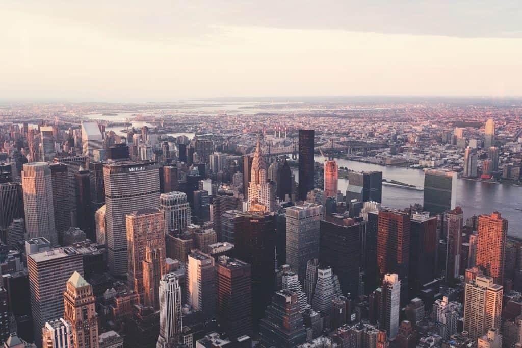 How Big Is Manhattan ?
